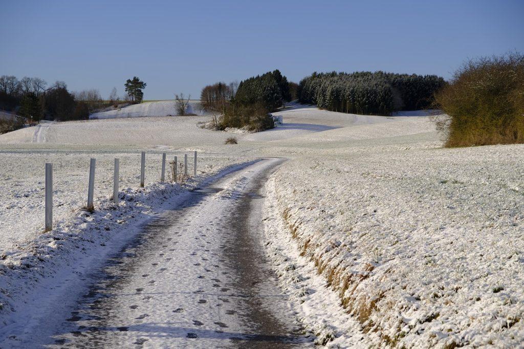 winter-3064004_1280